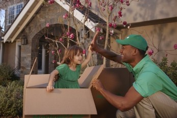 Mayflower Movers Helping Families