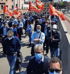 Read more about the article SCIOPERO GENERALE DI TUTTO IL SINDACALISMO DI BASE!!