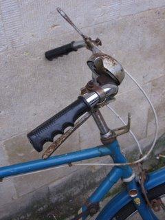 Bike outside Hertford College
