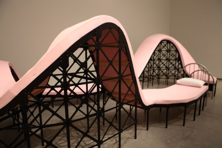 Pink bed rollercoaster, AGO