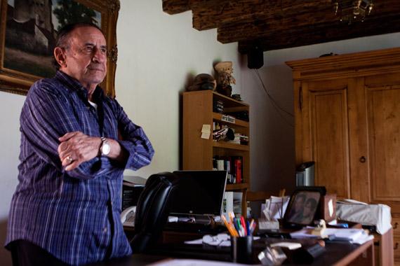 En su casa. Foto: Antonio Cruz, SinEmbargo