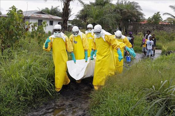 Después del primer caso de ébola en EU, encontraron otro con posibles síntomas. Foto: EFE