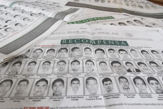 PGR ofrece recompensas por los 43 estudiantes de Ayotzinapa desaparecidos. Foto: Cuartoscuro