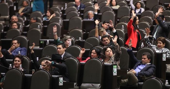 Diputados_Sesionando-2-1