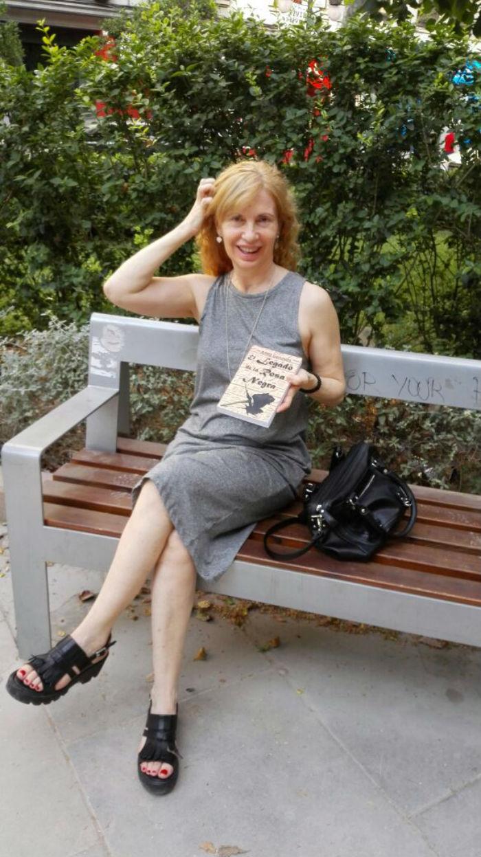 Se trata de la tercera novela de la escritora española. Foto: Especial