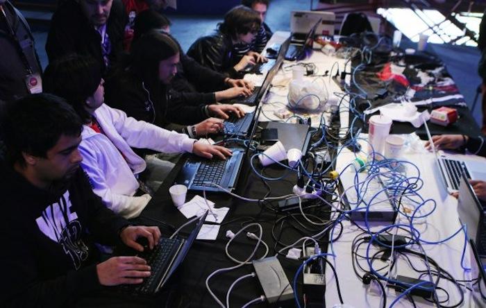 La cultura hacker se ha tornado abiertamente política en los últimos años, ya sea para bien o para mal. Foto: EFE