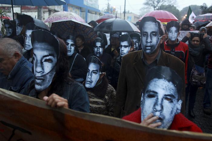 El 20 de noviembre del año pasado, durante la convocatoria de paro nacional, en Xalapa, Veracruz. Foto: Cuartoscuro
