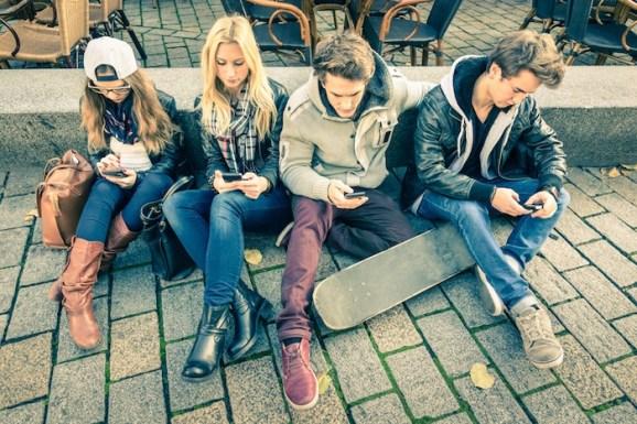 México tiene un gran número de usuarios de internet, de los cuales, la gran mayoría se conecta por medio de un smartphone. Foto: Shutterstock