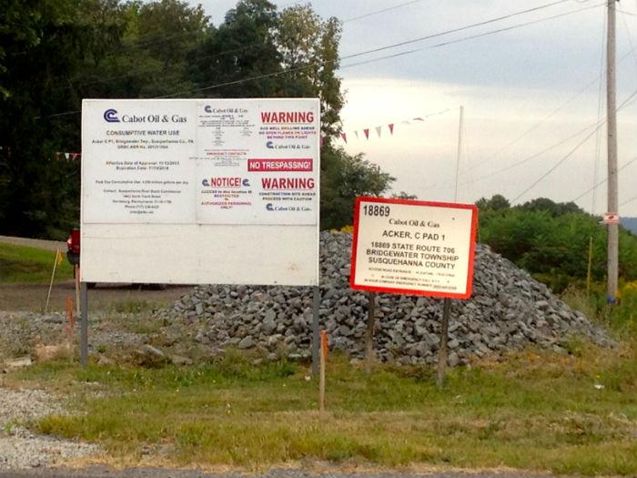 Cabot Industries Oil & Gas es la compañía que tiene pozos en el condado de Susquehanna. Foto: Mayela Sánchez, SinEmbargo