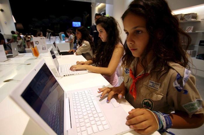 EL acuerdo internacional también afectará en gran medida la actividad de las personas en la red de redes. Foto: EFE