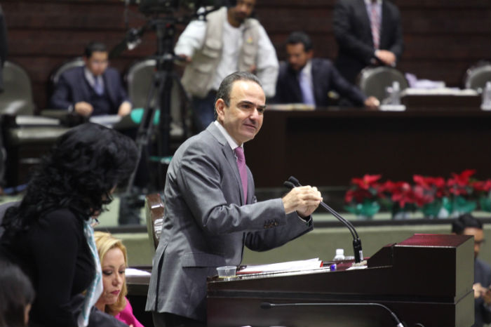Diputados del PRI defendieron la Reforma, encabezados por Jorge Estefan Chidiac.Foto: Luis Barrón, SinEmbargo