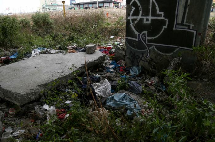 El Puente de las Américas, donde hasta hace unos días había migrantes indigentes. Foto: Francisco Cañedo, SinEmbargo