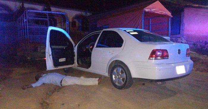 Marcos Hernández Bautista, de 38 años, regidor de cultura del municipio de Santiago Jamiltepec fue asesinado la noche del jueves de un disparo en la cabeza cuando intentaba abordar su automóvil en la carretera federal número 200. Foto: Cuartoscuro