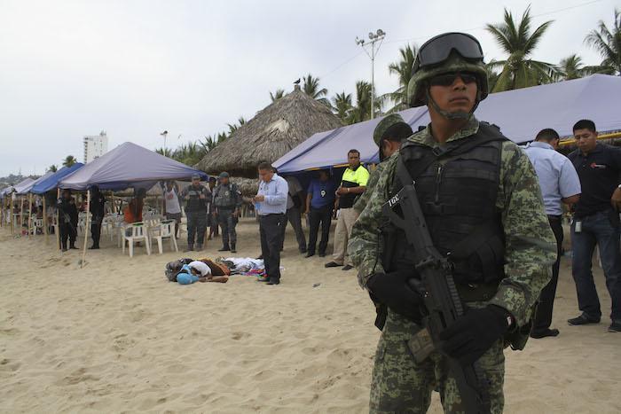 De acuerdo con la encuesta, que tiene un margen de error de 3.1 puntos porcentuales, los estadounidenses citan una vez más a la violencia, la corrupción y las drogas como las razones de su visión negativa de México. Foto: Cuartoscuro