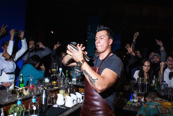 Manuel Valero haciendo lo suyo. Foto: Another Company