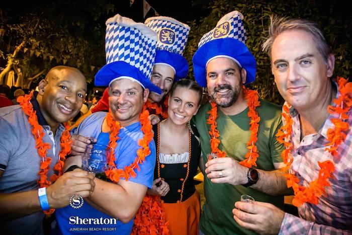 Durante la celebración de las fiestas de octubre. Foto: Facebook (sheraton.jumeirah)