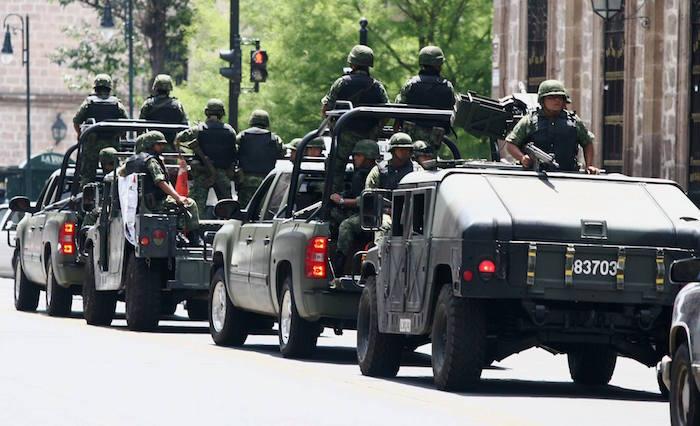 La guerra comenzó con el despliegue de siete mil efectivos de las fuerzas federales en Michoacán.