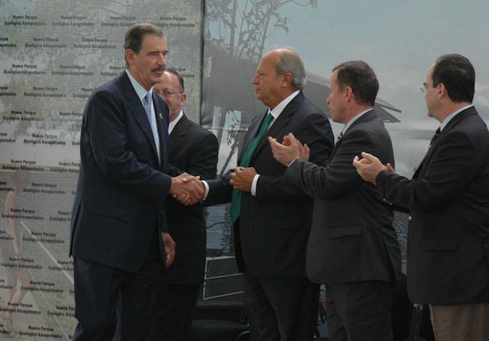 El ex Presidente panista Vicente Foz Quezada y el Senador Carlos Romero Deschamps. Foto: Cuartoscuro