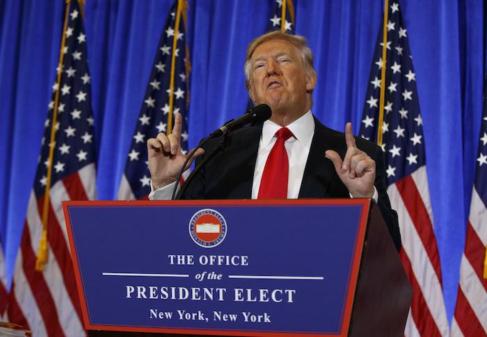 Faltan ocho días para que Donald Trump sea el nuevo Presidente de Estados Unidos y ya ha significado un fuerte golpe para el peso. Foto: Cuartoscuro