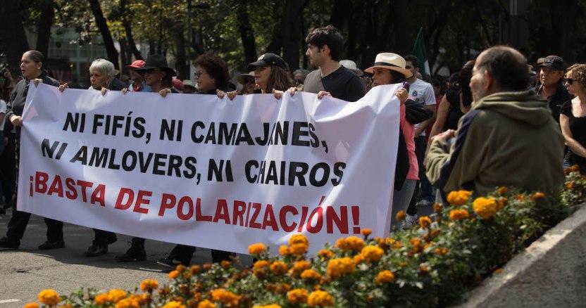 marcha - El Estado dio 27 mil millones en 14 años a OSC de Salinas Pliego, Fox, Azcárraga, Beltrones, partidos...