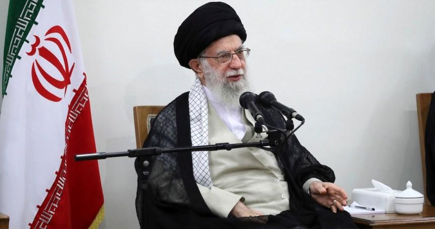 iran sanciones trump - Irán anuncia la detención de 17 espías de la CIA; algunos fueron condenados a pena de muerte