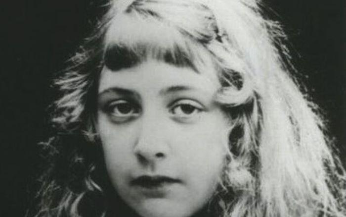 agatha christie nina ediima20190722 0379 19 - La misteriosa vida de Agatha Christie y los libros que te harán pasar un verano de suspenso