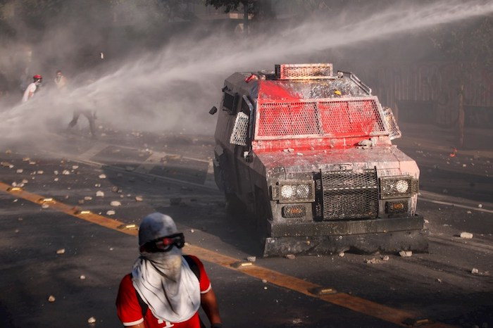 chile manifestaciones - Manifestantes en Chile despiden semana marcada por huelga feminista con nueva protesta en Plaza Italia - #Noticias