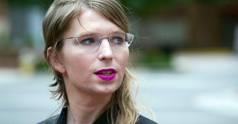 denisse manning - Juez de EU ordena libertad inmediata de Chelsea Manning después de intento de suicidio en prisión - #Noticias