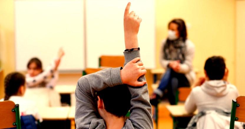 covid 19 escuelas reapertura - El regreso a las clases presenciales no será pronto, asegura el Secretario Jorge Alcocer