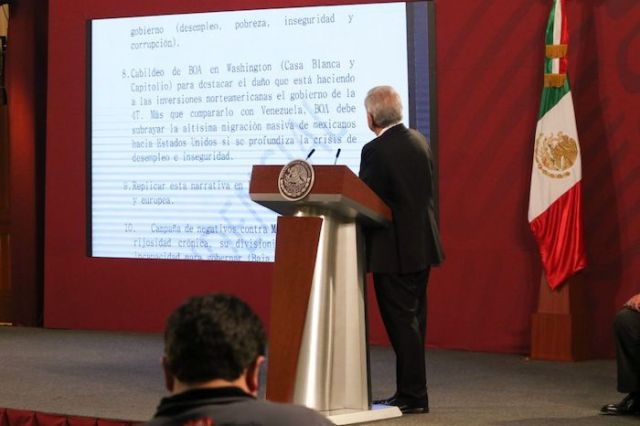 El Jefe del Ejecutivo señaló que este plan llegó a Palacio Nacional junto con otros documentos.