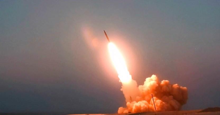 """misil - Irán asegura que la medida unilateral de EU para restablecer sanciones es """"una amenaza"""" para la paz"""