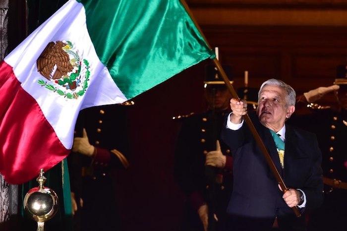"""e7611e05 3dcd 4dc0 b53c 5e877493437a - AMLO da Grito de Independencia inédito en 153 años: """"¡Viva la esperanza en el porvenir!"""" (VIDEO)"""