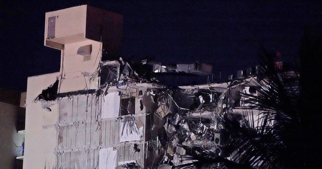 Un edificio parcialmente destruido, el jueves 24 de junio de 2021 en la zona de Surfside, Miami, Florida.