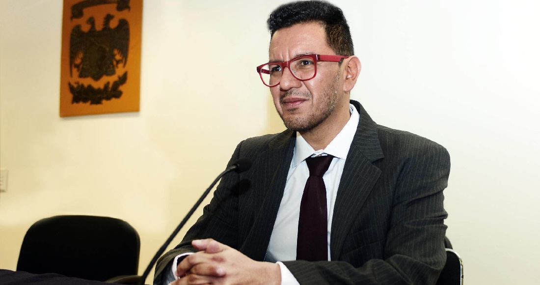 """""""Feminicidio es un acto de amor"""", dice Director en UNAM. Rector Graue pide removerlo"""