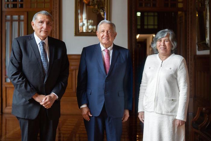 La salida de Julio Scherer regresa a Gobernación el control de la operación política