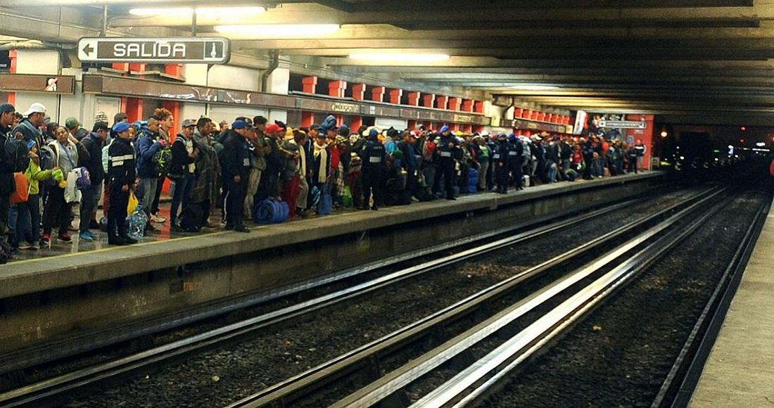 Hombre se arroja a las vías del Metro