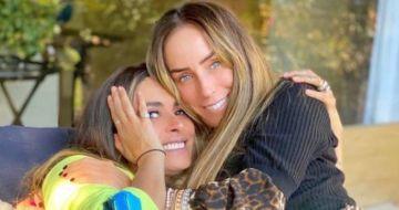 Las presentadoras de televisión Galilea Montijo e Inés Gómez Mont, quien actualmente se encuentra prófuga de la justicia mexicana.