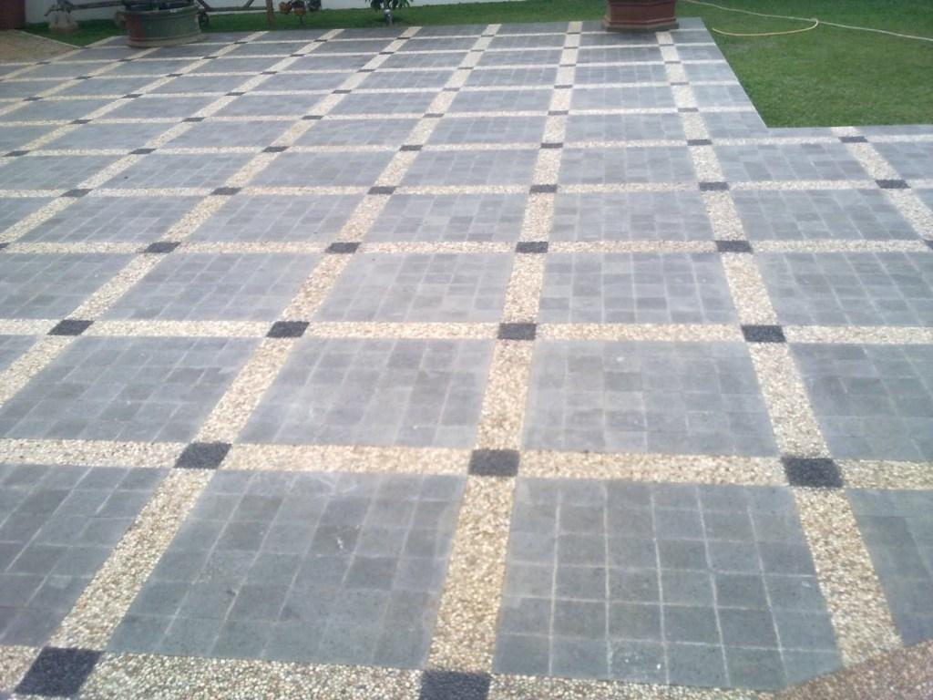 batu alam untuk garasi mobil