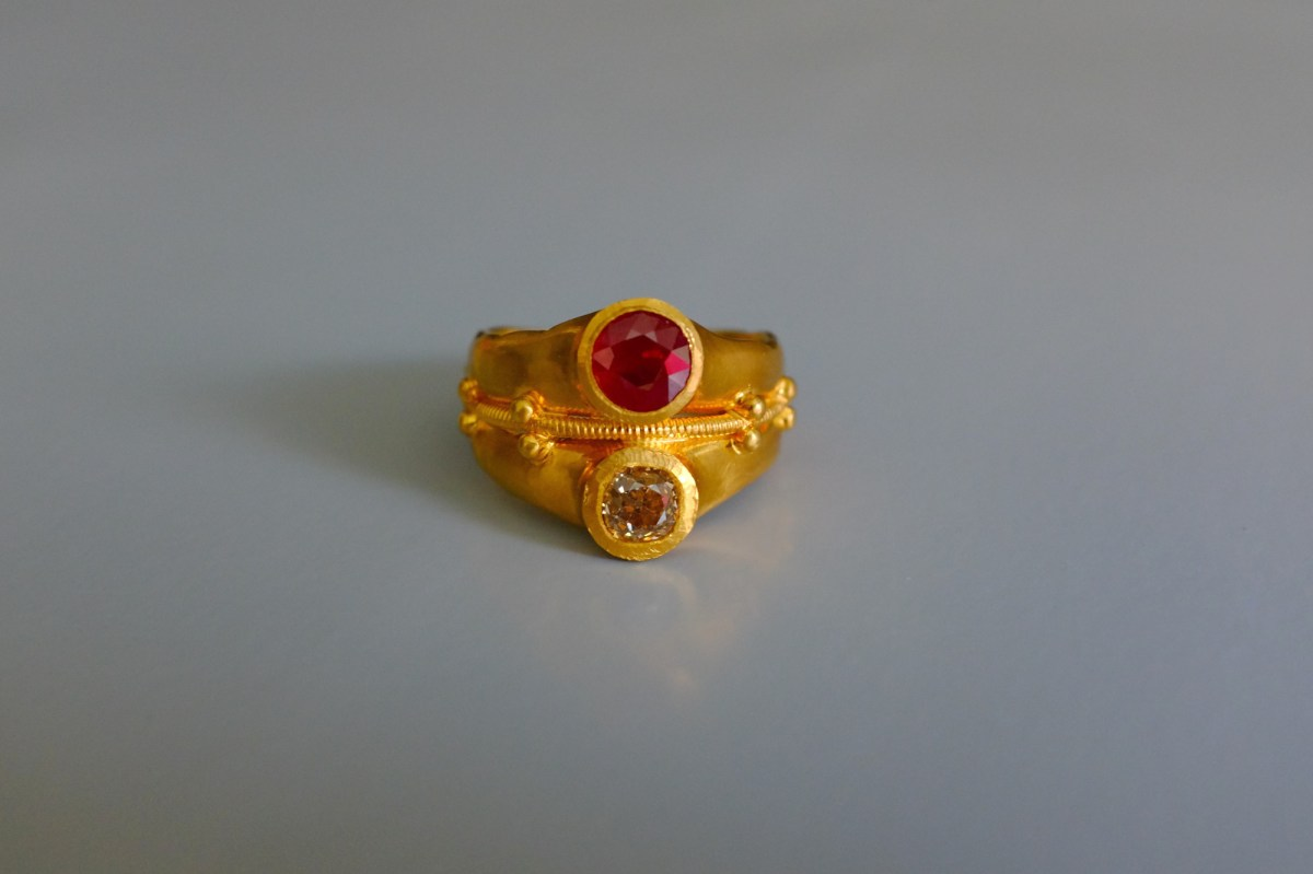 SIJS, 22k ancient style rings, medieval style ring, ruby diamond ring antique, ancient ruby ring, 22k cigar band ring gold