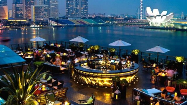 7 Amazing Rooftop Restaurants in Singapore