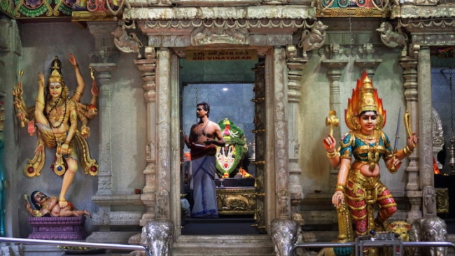 Little-India-–-A-True-Picture-of-Religious-Diversity