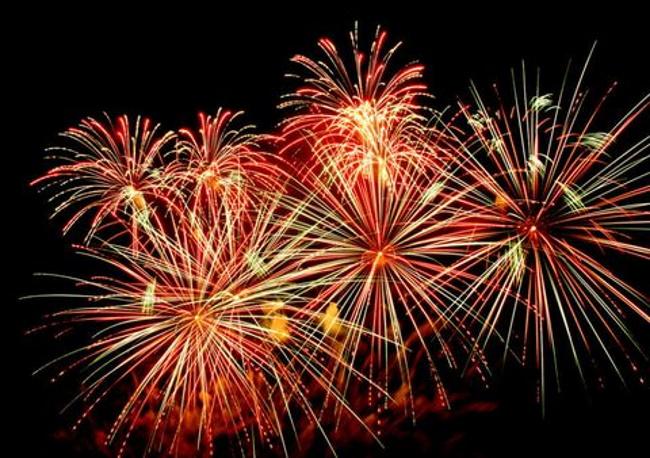 Recreational-fireworks-firecrackers