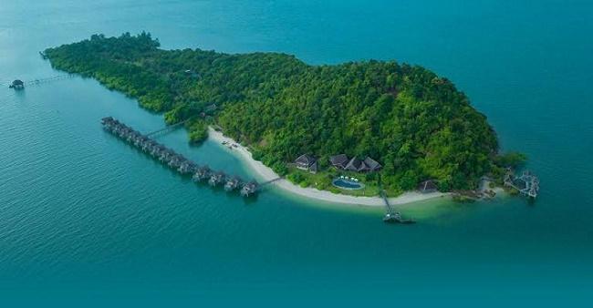Singapore encapsulates 60 beautiful islands