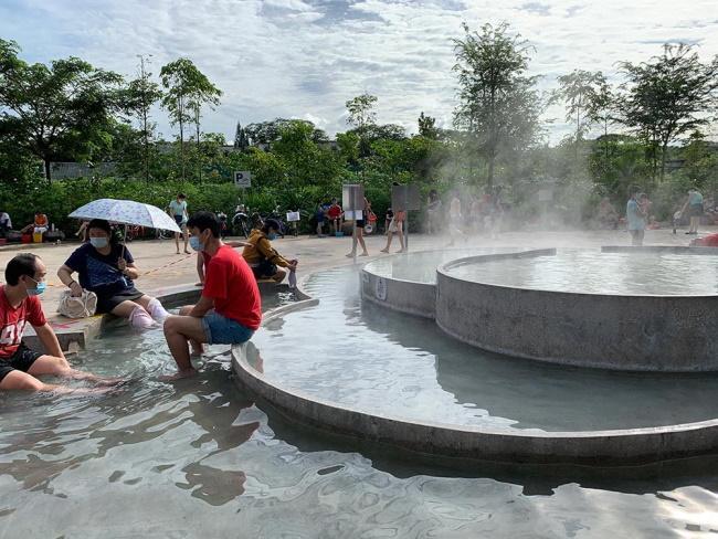 Singapore has natural hot springs located in Sembawang and Pulau Tekong