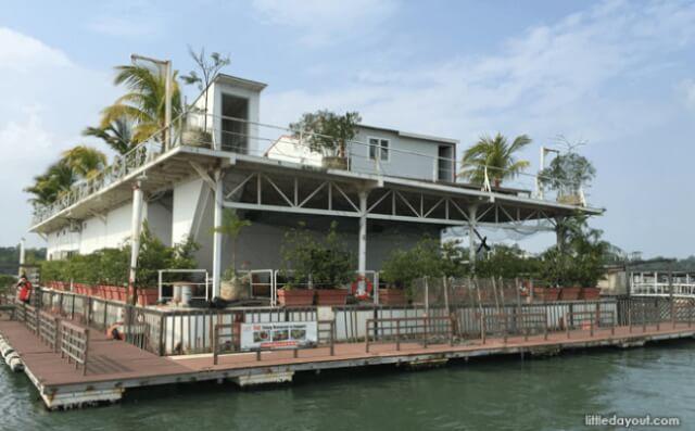 Smith-Marine-Floating-Restaurant