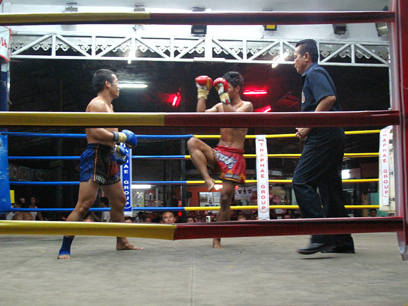 thai-kickboxing