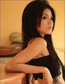Hot Indonesian women