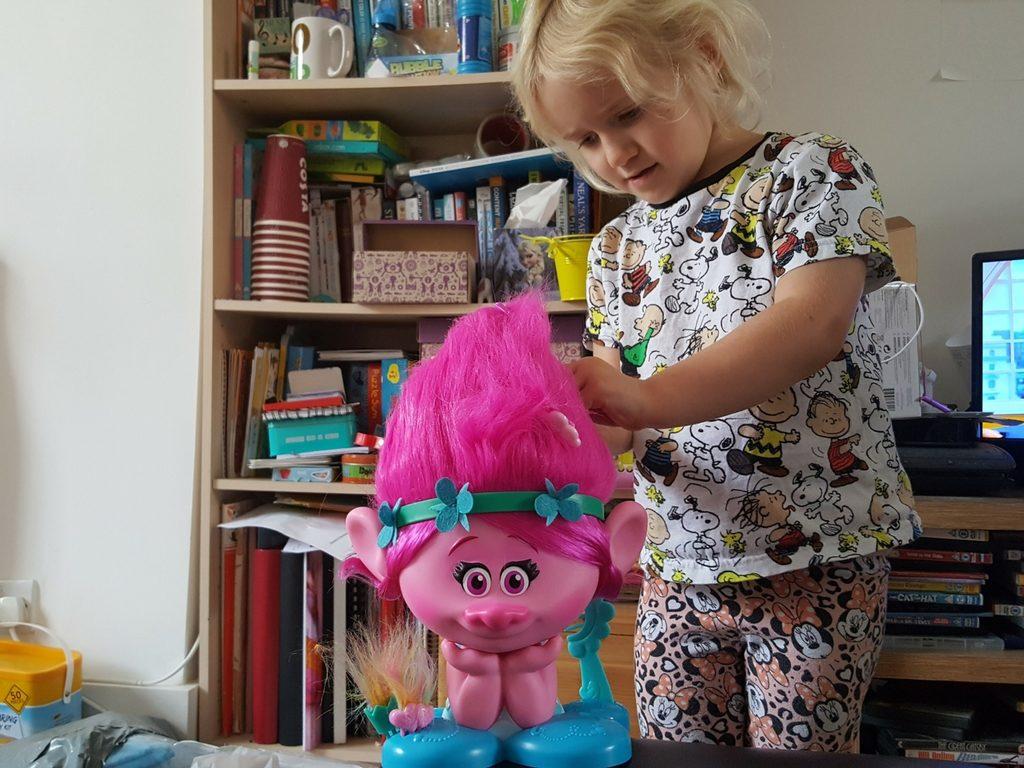 poppy troll hair styling