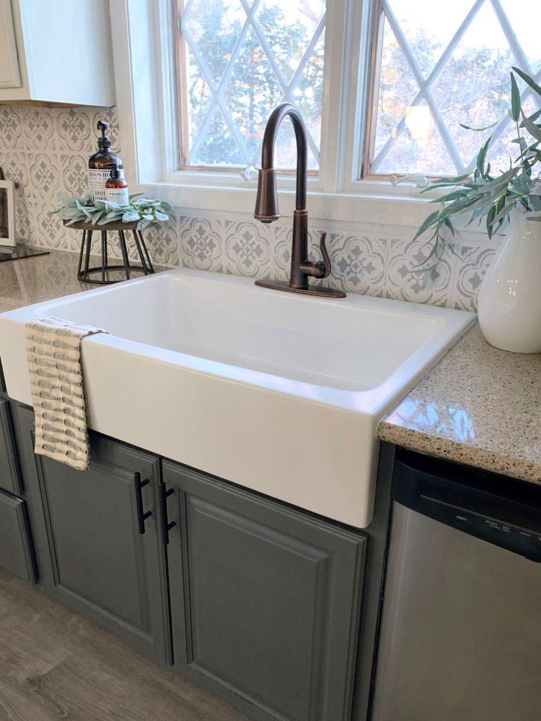 dreaming of a white farmhouse sink