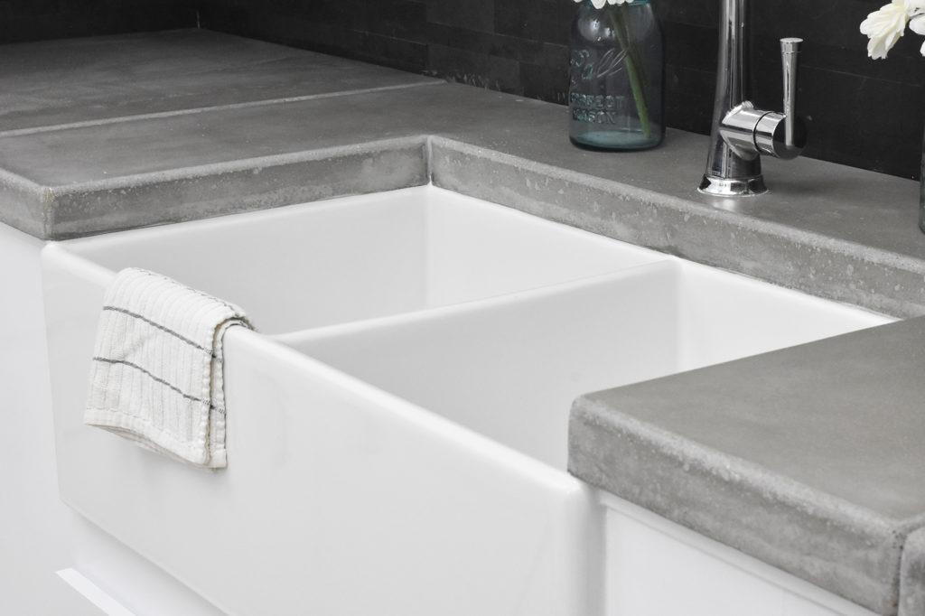 Diy Kitchen Renovation With Concrete Countertops Brooks Ll Sinkology